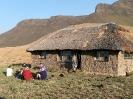Huts :: Giant's Hut